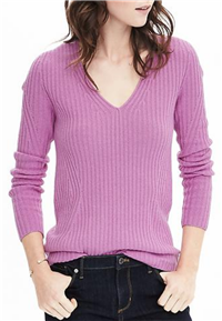 Banana Republic - Italian Cashmere Blend Seemless Ribbed Vee Pullover